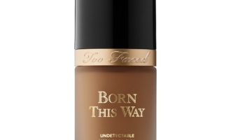 Too Faced Born To Glow Foundation